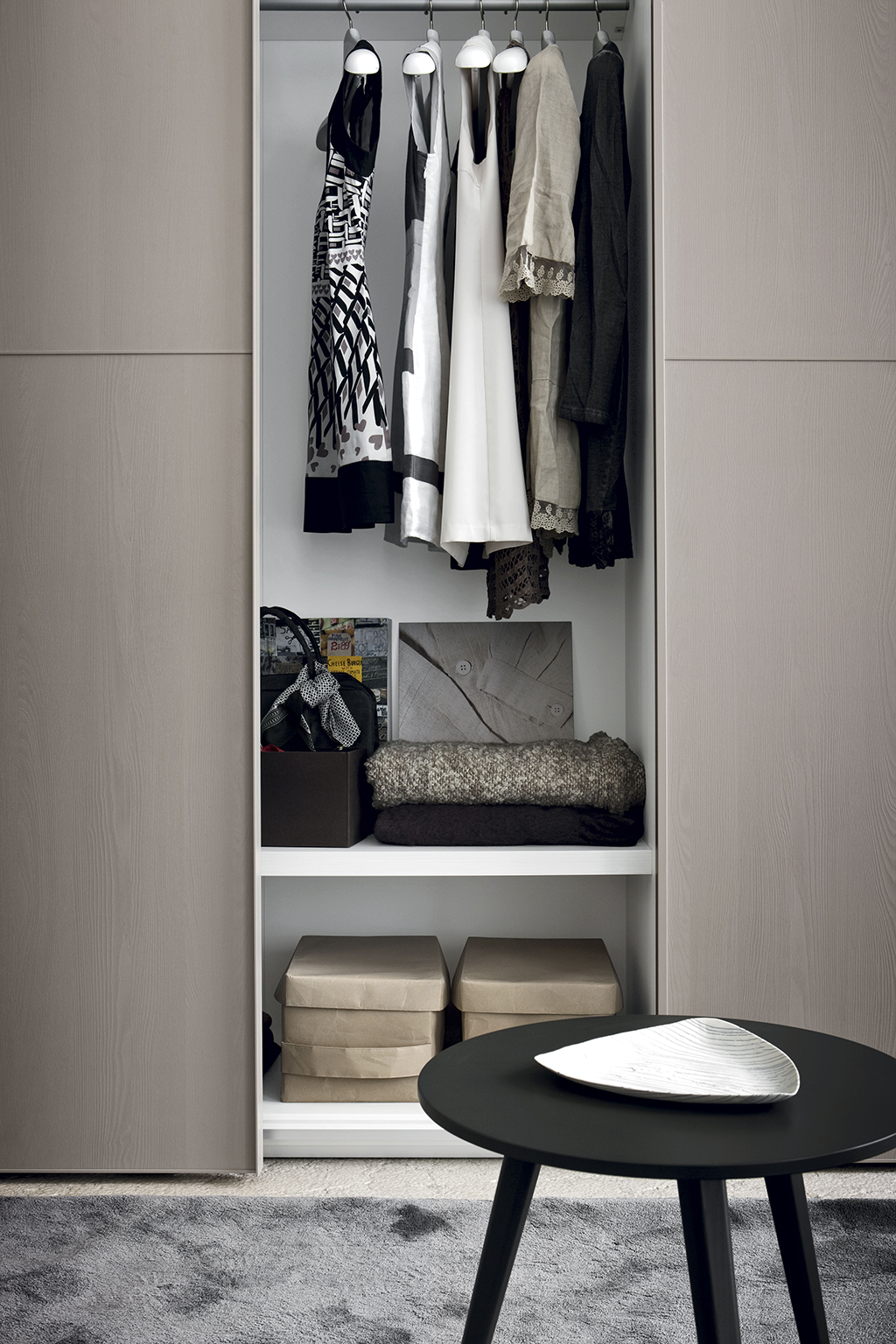 amore 016 fitted bedroom furniture wardrobes uk lawrence walsh furniture. Black Bedroom Furniture Sets. Home Design Ideas