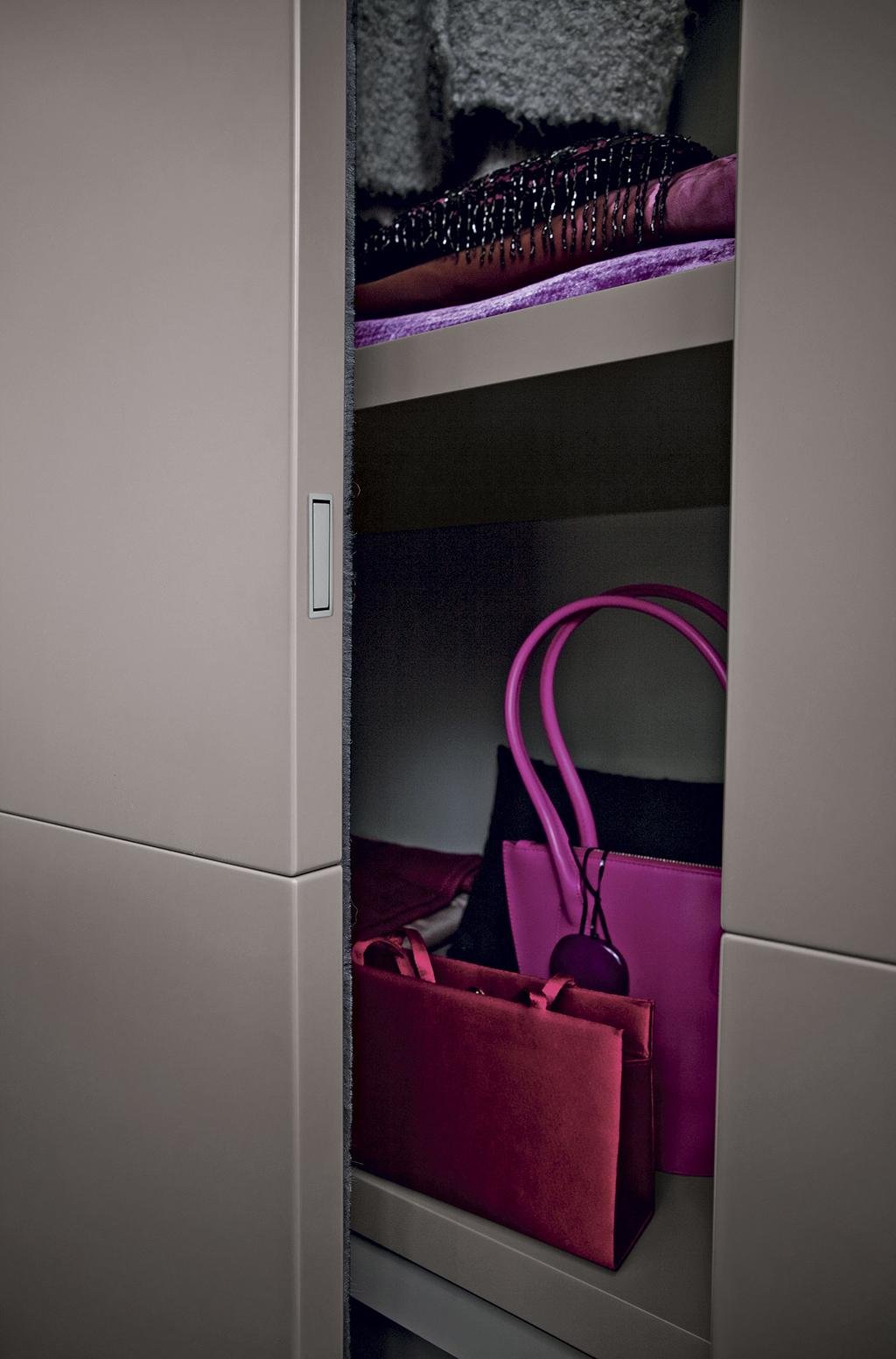 amore 064 fitted bedroom furniture wardrobes uk lawrence walsh furniture. Black Bedroom Furniture Sets. Home Design Ideas