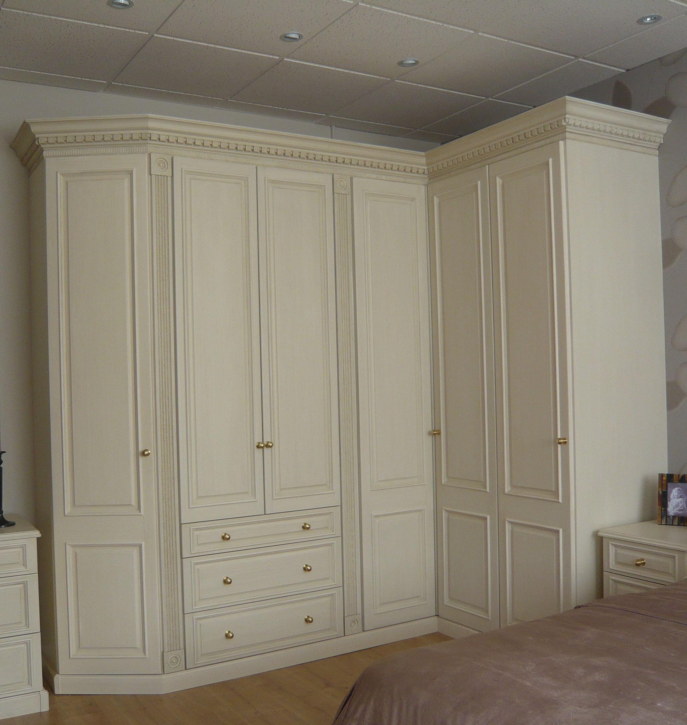 Penshurst Traditional Wardrobe