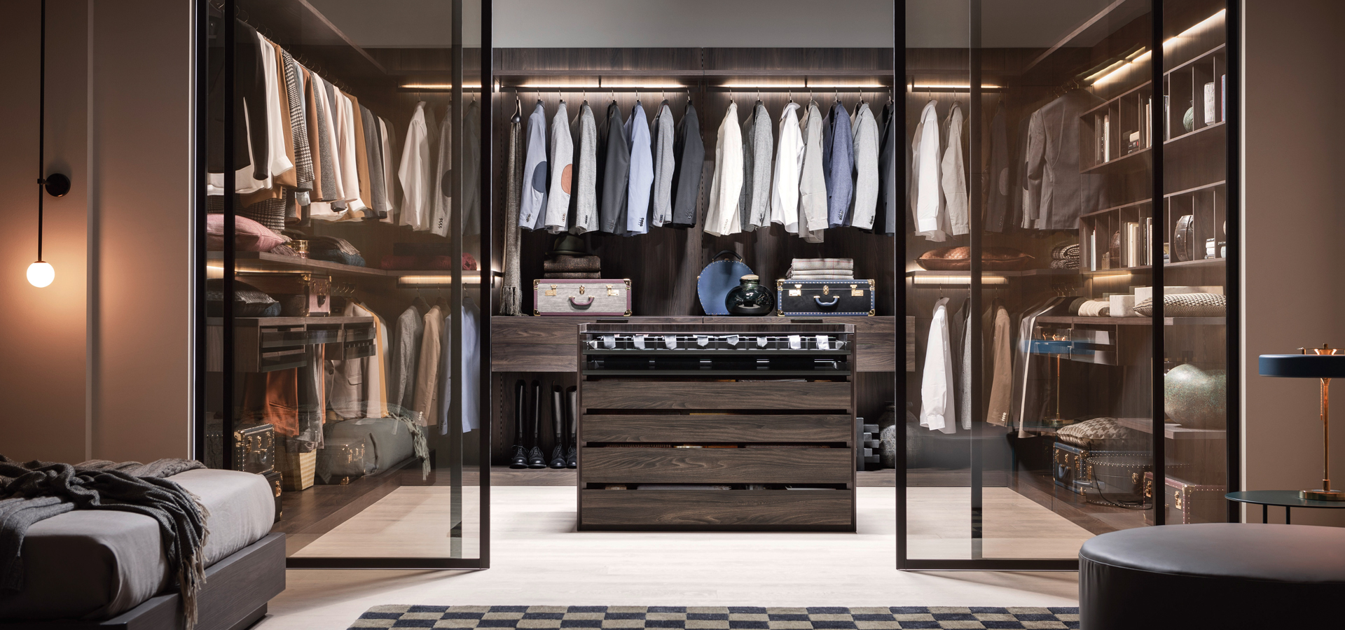 Neutral Walk-In Wardrobe | @styleminimalism