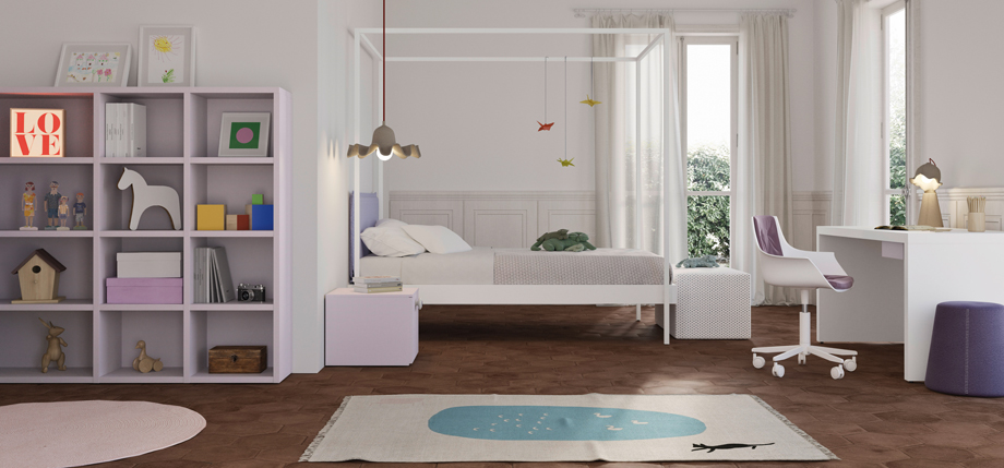 Contemporary 4 poster bed for children/teenage room